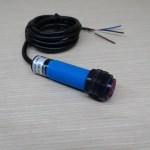 E3F-DS30C4 Infrared Photoelectric Sensor 10-30cm Detection Range Adjust
