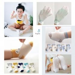 ถุงเท้าเด็ก ยาวบาง เซตฟิงเกอร์ 5 คู่ (Socks - SSF)