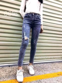 กางเกงยีนส์ผู้หญิง ขาเดฟ เอวกลาง ผ้ายืดฮ่องกง