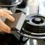 Home Decorate ฟองน้ำขัดคราบดำ ใช้ขัดหม้อ อลูมิเนียม โลหะชุบโครเมียม สีน้ำตาล (4 ก้อน) thumbnail 6