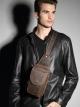 กระเป๋าคาดอก กระเป๋าสะพายเฉียง หนังแท้นูบัค สำหรับผู้ชาย โทรสีน้ำตาล