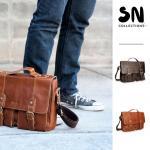 กระเป๋าสะพายข้าง และและกระเป๋าถือ เป็นกระเป๋าหนังแท้ และสามารถใส่เอกสารขนาด A4 ได้ เหมาะสำหรับผู้ชาย สไตล์สปอร์ต