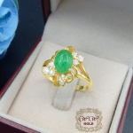 แหวนพลอยสีเขียว+ เพชรสวิส cz