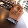 พรีออเดอร์ กระเป๋าถือ/สะพายหูโซ่ ปากเปิดแบบบิด Twist เก๋ๆ มีสายสะพายยาวให้อีก 1 เส้น