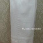 ผ้าถุงไหมสำเร็จรูป สีขาว ลายใบโพธิ์ เอว28-30 นิ้ว