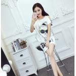เดรสแฟชั่นเกาหลี ลายน่ารักๆ สมวัย เว้าไหล่เล็กๆ ดูมีเสน่ห์ขึ้นไปอีก - ขาว