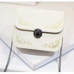 กระเป๋าสะพายข้างทรงนิยม สีสัน มีให้เลือกใช้ได้กับทุกงาน - ขาว