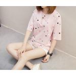 เสื้อยืดแฟชั่น สกรีนลายน่ารัก ดูสดใส ชวนมอง - ชมพู