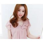 เสื้อแฟชั่นเกาหลี ตกแต่งด้วยโบว์ขนาดกำลังดีและเพิ่มมุกประดับเข้ากับตัวเสื้อ - ชมพู L