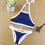 Bikini แบบคล้องคอ สีพื้นตัดขอบด้วยเส้นกำลังดี แบบยอดฮิตแบบสาวยุโรปใส่กัน - น้ำเงิน