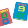 คำศัพท์ตัวเลข 0-9 เป็นแผ่นตัวสะกดคำศัพท์ มีเลขไทย เลขอารบิคในชุดเดียวกัน คละสี
