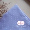 ผ้าคอตตอนลินิน 1/4ม.(50x55ซม.) พื้นสีม่วงอ่อน ลายจุดเล็กสีชมพู