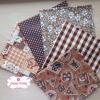 Set 5 ชิ้น : ผ้าคอตตอนไทย 5 ลายโทนสีน้ำตาล แต่ละชิ้นขนาด 50×27.5ซม.