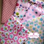 Set 5 ชิ้น: ผ้าคอตตอน100% 4 ลาย และผ้าแคนวาส ลายจุดโทนสีชมพู