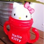 ถ้วยหัดดื่ม คิตตี้ Kitty สีแดง ขนาด 300 ml.