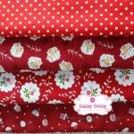 Set 4ชิ้น : โทนสีแดง ผ้าคอตตอนไทยโทนสีชมพู 4 ลาย :ลายมินิคัพเค้ก ลายจุดสีขาว ลายพุ่มดอกไม้ และ ลายดอกไม้