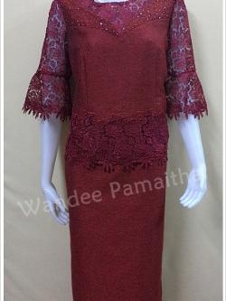 ชุดผ้าไหมญี่ปุ่นแต่งด้วยลูกไม้นอก ปักเลื่อม สีเลือดหมู เสื้อ+กระโปรงยาว เบอร์ 36