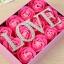 สบู่ดอกกุหลาบอยู่ในกล่องสวยหรู เหมาะสำหรับโอกาสให้ของขวัญแทนใจ ในวันวาเลนไทน์ที่จะมาถึง thumbnail 8