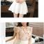 ชุดเสื้อชีฟองลายดอกไม้น่ารักๆ กับกระโปรงสีขาว ดูจะเข้าคู่กันได้ลงตัว น่ารักจริงๆ thumbnail 8