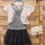 เสื้อคลุมสีออฟไวท์พร้อมเข็มกลัดดอกไม้ [Korea] thumbnail 1