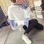 เสื้อกันหนาวแฟชั่น ดีไซน์แบบใส่ทับ 2 ตัว สวยเก๋ แบบสาวยุคใหม่ thumbnail 4