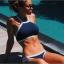 Bikini แบบคล้องคอ สีพื้นตัดขอบด้วยเส้นกำลังดี แบบยอดฮิตแบบสาวยุโรปใส่กัน thumbnail 1