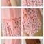 เดรสสั้นสีสวย ตกแต่งด้วยลายดอกไม้ที่ปกและกระโปรง เพิ่มสีสันให้กับชุดออกมาได้หวานสุดๆ thumbnail 18