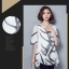 เสื้อแฟชั่น ผ้าชีฟองสีพื้นขาว-ดำ กับลวดลายกราฟฟิค ขับให้ตัวเสื้อดูมีสีสัน thumbnail 17