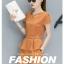 ชุดเซ็ท แฟชั่น เสื้อเข้าชุดกางเกงขาสั้น สีพื้นจัดจ้าน กับดีไซน์ร่วมสมัย thumbnail 3