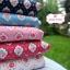 ผ้าคอตตอน 100% 1/4 ม.(50x55ซม.) พื้นสีฟ้า ลายดอกกุหลาบ thumbnail 3