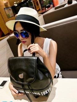 *** พร้อมส่ง *** กระเป๋าเป้สะพายหลังมินิสีดำ หนัง Pu นิ่มลายสกรีนอักษร London สไตล์เกาหลี