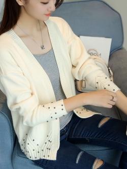 Pre Order เสื้อคาร์ดิแกนแฟชั่นเกาหลี แขนยาว ดีเทลแต่งหมุดเก๋ๆ มี9สี