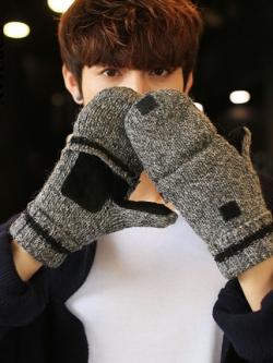ถุงมือกันหนาวเกาหลี กำมะหยี่หนา แต่งลายเส้นคาด ใส่ได้2แบบ เท่มาก มี2สี