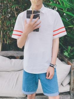 เสื้อโปโลแขนสั้นเกาหลี แต่งแถบเส้นแขนเสื้อ มี2สี