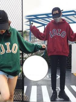 ชุดคู่รักเกาหลี เสื้อฮู้ดแขนยาว พิมพ์ IOIO ด้านหน้า มี5สี