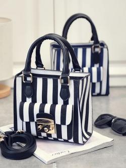 กระเป๋าสะพายข้างใบเล็ก ดีไซน์ลาย Stripe สไตล์เกาหลี