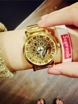 นาฬิกาควอทซ์ข้อมือฮาราจูกุสไตล์เกาหลีสายโลหะ ดีไซน์กลไก
