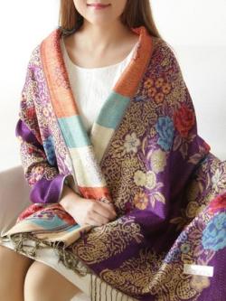 ผ้าคลุมไหล่เกาหลี แต่งลายดอกไม้ทั้งตัว ผ้านุ่มใส่สบาย มี3สี