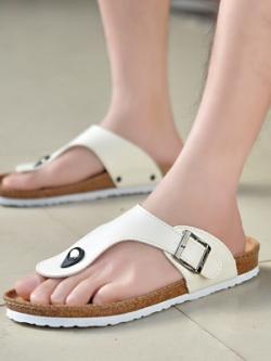 รองเท้าแตะคีบเกาหลี แต่งสายรัดหัวเข็มขัด มี2สี