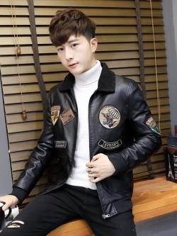 Pre Order เสื้อแจ็คเก็ตแฟชั่น แนวเบสบอล ปักลายแขนยาวแต่งด้วยหนังคอปก มี2สี