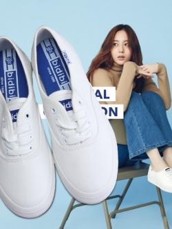 รองเท้าผ้าใบแบบผูกเชือกสไตล์ Krystal f(x)