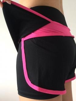 กางเกงวิ่งผู้หญิงขาสั้นมีซับในระบายอากาศได้ดี ขอบเอวยางยืด