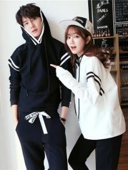 ชุดคู่รักเกาหลี เสื้อฮู้ดแจ็คเก็ตแขนยาว แต่งแถบแขนเสื้อ มี2สี