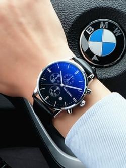 นาฬิกาข้อมือเกาหลี เรียบหรู แนวนักธุรกิจ มี2สี