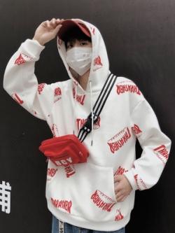 เสื้อฮู้ดแจ็คเก็ตเกาหลี พิมพ์ลายอักษรทั้งตัว แนวTHRASHER มี2สี