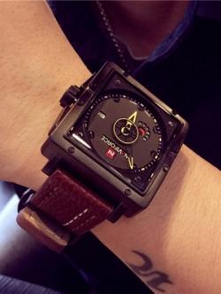 นาฬิกาข้อมือเกาหลี หน้าปัดทรงสี่เหลี่ยม มี4สี