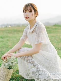 ชุดเดรสยาวสีขาว ผ้าลูกไม้แต่งฉลุลาย สไตล์เกาหลี
