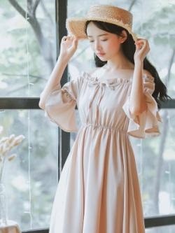 ชุดเดรสยาว แต่งระบายแขนเสื้อ ดีไซน์เชือกผูก สไตล์เกาหลี มี2สี