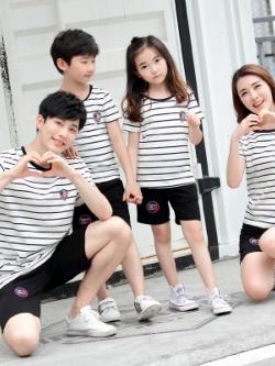 ชุดครอบครัวเซท3ชุด เสื้อยืดแขนสั้นลายขวาง+กางเกงขาสั้น