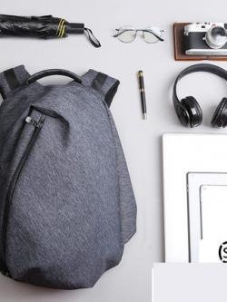 กระเป๋าเป้สะพายหลัง แต่งซิบเฉียง ออกแบบช่องเก็บของ มี3สี